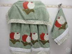 Resultado de imagem para toalhas de banho bordadas em patchcolagem