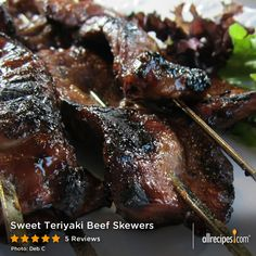 Sweet Teriyaki Beef Skewers : Sweet Teriyaki Beef Skewers A grilled and easy way to prepare a delightful beef appetizer or main meat dish! Kids love the tenderness and sweetness, as do the adults. Grilling Recipes, Meat Recipes, Cooking Recipes, Barbecue Recipes, Barbecue Ribs, Bbq Beef, Cuban Recipes, Barbecue Chicken, Snacks