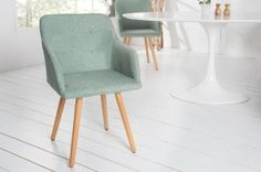 Świetne, proste krzesło w stylu skandynawskim Igloo odnajdzie się w przestrzennych, minimalistycznych wnętrzach dodając im nuty stylu scandi. Krzesło dzięki podłokietnikom będzie mogło zastąpić nawet fotel, a Ty pozwolisz sobie na chwilę odpoczynku.