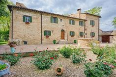 Historic 6 bedroom villa for sale with attached church and garden few kms from Urbino in the Marche region #properties #realestate #luxury #italy #marche