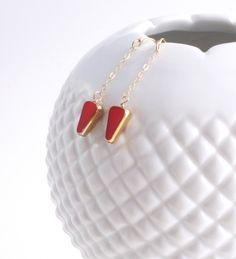 SALE 25% OFF Love Chain Earrings // Red arrow 24k // mid century jewelry by LilahV