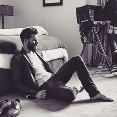 """""""What do you have most in common with Christian?"""" - Jamie: """" Feet"""" https://www.youtube.com/watch?v=M5lem_fUC88 …"""