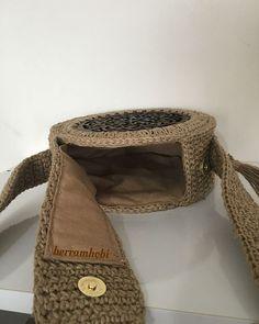 """Ben beni seven ümmetimi almadan cennete gitmem""diyen bir Crochet Circles, Crochet Round, Love Crochet, Crochet Handbags, Crochet Purses, Crochet Bags, Crochet Shoulder Bags, Round Bag, Knitted Bags"