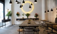 Fast food isn't usually associated with healthy eating, but a new spot in New York City's NoMad district is making a change. Inspired by the vibrant flavours of India, Inday is a casual and stylish eaterie that takes the cornerstones of Indian cuis...