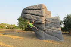Primarily used in the design and construction of exterior climbing structures, including free standing climbing boulders, the shell concrete system can recreate any rock type or style of climbing. Climbing Wall, Rock Climbing, Bloc Escalade, Fake Rock, Parkour, Life Is An Adventure, Wild Life, Bouldering, Woody