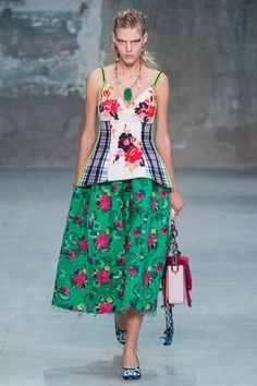 Marni Spring 2018 Ready-to-Wear  Fashion Show Collection