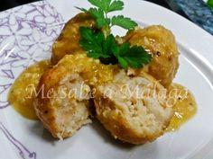 Albóndigas de bacalao y garbanzos en salsa de almendras