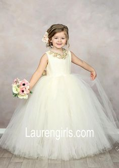 78c598819d3 10 Awesome white flower girl dresses images in 2019
