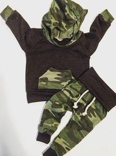 Baby boy outfit / baby clothes / camo baby clothes by BornApparel
