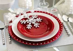 Winter Wedding Table Setting #wedding #winterwedding