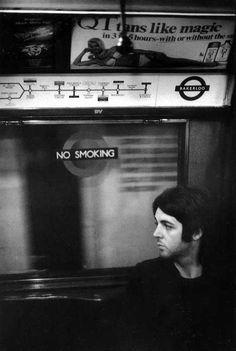Paul McCartney on the tube in London, 1969 Photo by Linda McCartney Sir Paul, John Paul, Great Bands, Cool Bands, Rock N Roll, Linda Eastman, Paul And Linda Mccartney, Les Beatles, Beatles Band