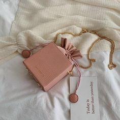 Michael Kors OFF! Gykaeo Fashion Drawstring Bucket Women Purses Bags Small Flap Ladies Handbags Box Shape Crossbody Bags For Women 2019 Sac A Main - Trendy Purses, Unique Purses, Cute Purses, Big Purses, Purses Boho, Large Purses, Guess Purses, Unique Bags, Luxury Purses