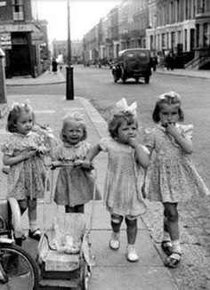 Black & White Photography - little girls in London