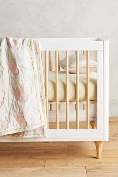 Pink pineapple quilt: http://www.stylemepretty.com/living/2016/08/03/12-adorable-finds-for-a-tropical-inspired-nursery/