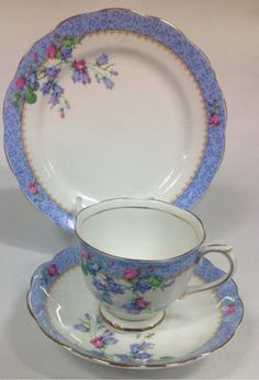 Royal Albert English Vintage China Tea Set Tea Cup Trio Blue Harebell ! Luv the color!