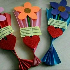 Please your Mom and grandma with some of the adorable and cute handmade gifts and crafts this Mothers day. And by the way, Mothers Day falls on easy valentine crafts for kids to makeFind out about mothers day crafts ideasThis Pin was discovered Valentine Crafts For Kids, Mothers Day Crafts For Kids, Crafts For Kids To Make, Art For Kids, Kids Crafts, Mother's Day Projects, Back To School Crafts, Mother's Day Diy, 8th Of March