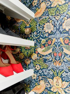 Sara's Closet Reveal - The Bold Design Moment She's Been Craving - Emily Henderson #beforeandafter #homerenovation #mastercloset #DIY