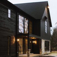 58 Popular Ideas Home Exterior Types House Siding, House Paint Exterior, Dream House Exterior, Exterior Siding, Exterior Design, Stone On House Exterior, Mountain Home Exterior, Modern Mountain Home, Modern Farmhouse Exterior