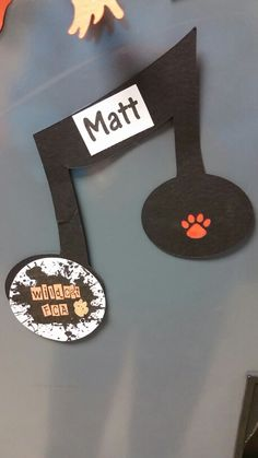 Locker decoration for music