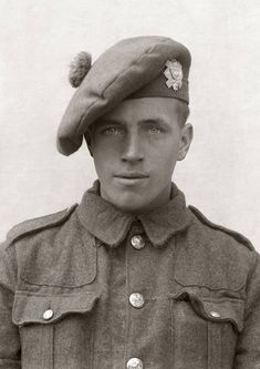 Just before leaving for the Somme, portrait of a Highland Light Infantry