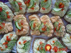 Sushi, Ethnic Recipes, Food, Meal, Essen, Hoods, Meals, Eten