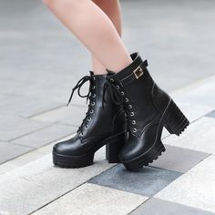 Ladies Short Boots Leather Boots Snow Boots Flat Ankle Boots Womens Black Booties No Heel Best Leather Walking Shoes Boots For Short Women, Womens Boots On Sale, Short Boots, Winter Fashion Boots, Platform Ankle Boots, Martin Boots, Style Casual, Casual Boots, Vestidos