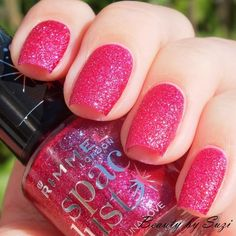 Rimmel Space Dust, 004 Luna Love #bright #pink #glitterpolish #nailpolish #nails - bellashoot.com