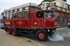 Steam Bus Elizabeth - Whitby | Flickr - Photo Sharing!