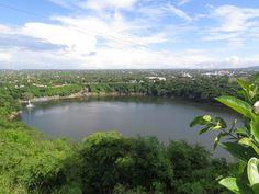 Laguna de Tiscapa. Managua Nicaragua.