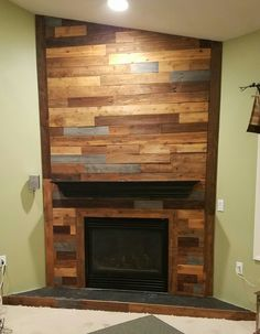 Fireplace Built Ins, Pallet Fireplace, Build A Fireplace, Living Room Entertainment Center, Wood Fireplace, Wood Fireplace Surrounds, Wooden Fireplace, Diy Fireplace, Basement Design