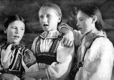 Girls from Liptov - Slovakia photo. Heart Of Europe, Free Black, Album, Present Day, Girl Costumes, Original Image, Traditional Outfits, Old Photos, Youtube