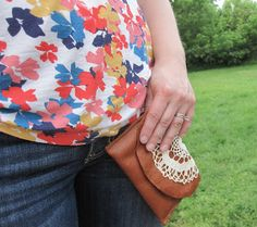 Beautifully Contained: DIY Leather & Doily Change Purse
