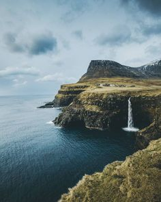 gasadalur, faroe islands processed with moody preset pack 👇 Landscape Photography, Nature Photography, Travel Photography, Places To Travel, Places To See, Beautiful World, Beautiful Places, Faroe Islands, Lofoten