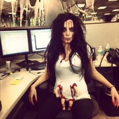 Scary pregnant Halloween outfit