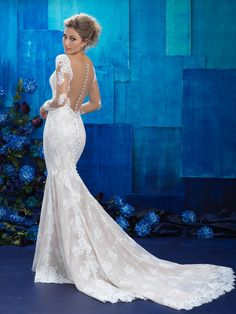 Allure 9424.Find this dress at Janene's Bridal Boutique located in Alameda, Ca. Contact us at (510)217-8076 or email us info@janenesbridal.com for more information.