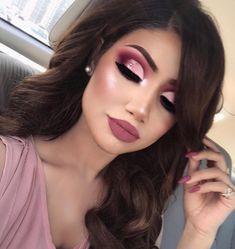 Glam bride makeup on pink - Makeup Tips Glam Makeup Look, Makeup Eye Looks, Pink Makeup, Cute Makeup, Gorgeous Makeup, Burgundy Makeup Look, Makeup Style, Maroon Makeup, Burgundy Hair