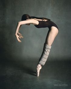 Linyue Zhao of The Rock School for Dance Education captured by Vikki Sloviter #dance #dancer #dancelife #ballet #dancephotographer #ballerina #photography
