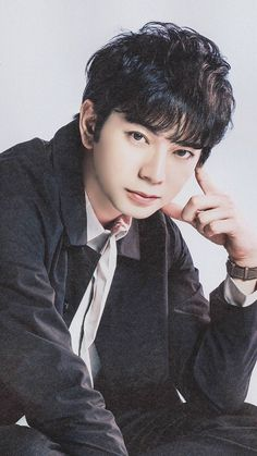 Jun Japanese Eyes, Japanese Drama, Japanese Boy, Cute Asian Guys, Asian Boys, Jun Matsumoto, Ninomiya Kazunari, Human Poses, Japanese Artists