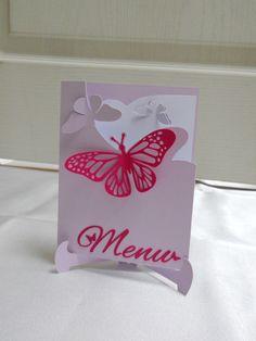 Menu papillons carte double sur chevalet assorti faire-part papillons rond