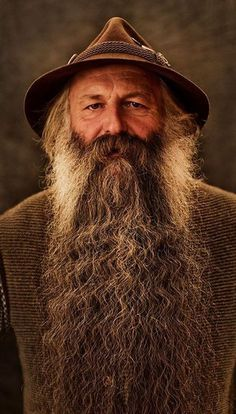 alois plettl, long beard full beard natural terminal length beards bearded man men nice coloration wizard