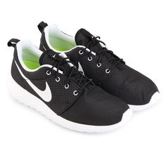 Roshe run Shoes by Nike.  Roshe Run is a clean and classic casual running shoes. With upper mesh material, rubber sole, black upper and white sole, color combination that will never goes wrong with your outfit, perfect shoes for running or to complete your casual look.   http://www.zocko.com/z/JFKVv