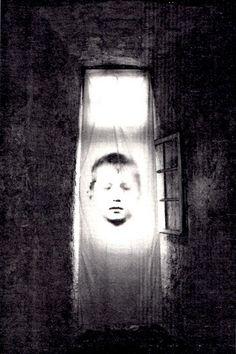 Christian-Boltanski 'Derniers Jours'.