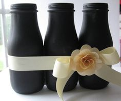 Chalkboard Altered Glass Bottle Triple Vase - used to be Starbucks Frappuccino bottles! Maybe paint royal blue with a similar ribbon & white hydrangeas or tulips Starbucks Glass Bottles, Starbucks Bottle Crafts, Starbucks Frappuccino Bottles, Diy Bottle, Wine Bottle Crafts, Bottle Art, Bottles And Jars, Glass Jars, Milk Bottles