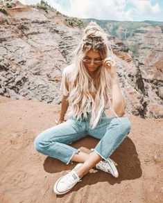 Cute Clothes For Teenage Girl Outfits For Teens, Cute Outfits, Trendy Outfits, Urban Fashion Trends, How To Pose, Picture Poses, Teen Fashion, Style Fashion, Fashion 2017