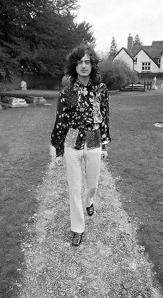 http://custard-pie.com/ Jimmy Page of Led Zeppelin