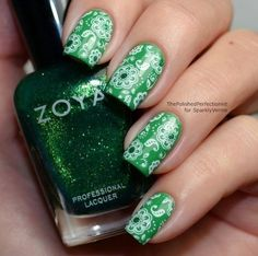 Green nails with white floral print #manicure #nail #nails #nailtrends2013 #art #hand #women #beauty #fashion #trend #elegant #girl #glamour #lady