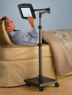 rolling-beside-ipad-stand