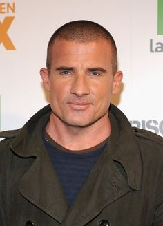 Dominic Purcell Photos Photos - Actor Dominic Purcell attends Casa Fox Opening on February 14, 2008 in Madrid, Spain. - Dominic Purcell attends Casa Fox Opening