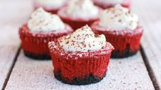 Red Velvet Cheesecake Mini Pies | Holiday Cottage