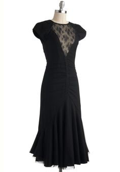 I love the length on this 30's inspired dress. I just think a longer silhouette adds mystery and allure.